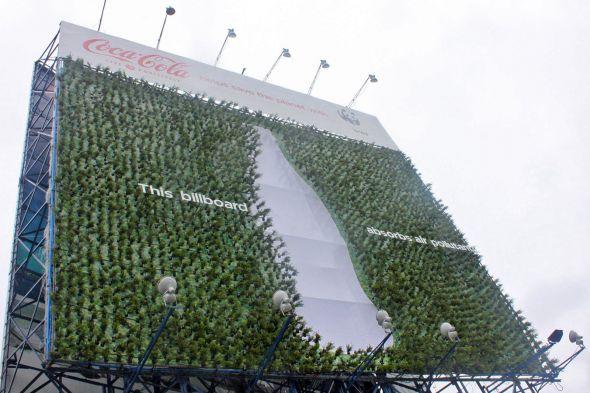 PLant Billboard ช่วยดูดซับมลภาวะของเมือง 2 - WWF