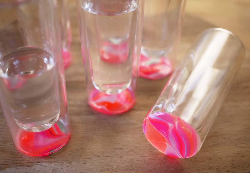 DIY.Glassware เติมสีสีสันให้แก้วใบเก่า 2 - DIY