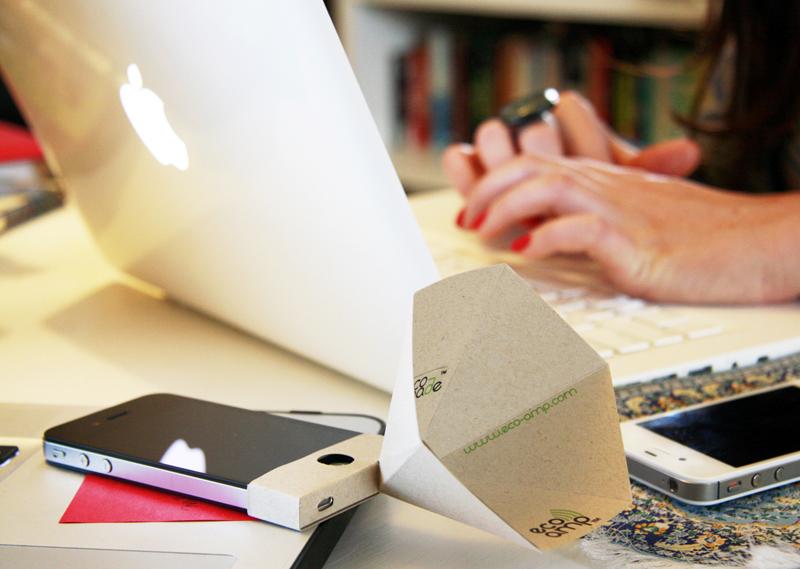 The eco-amp,iPhone speaker จากกระดาษรีไซเคิล 2 - eco-friendly
