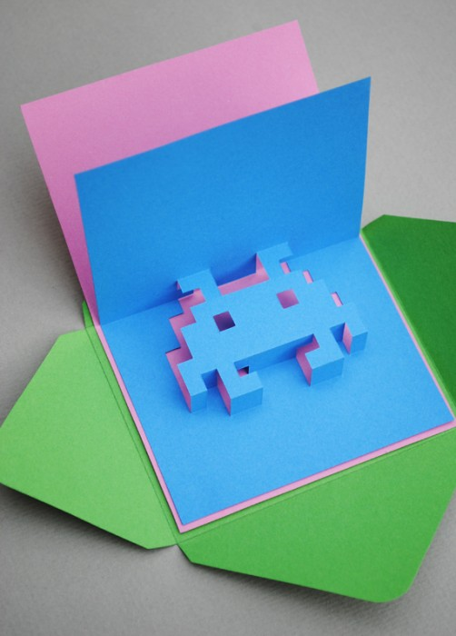 DIY.space invader pop-up card 13 - card