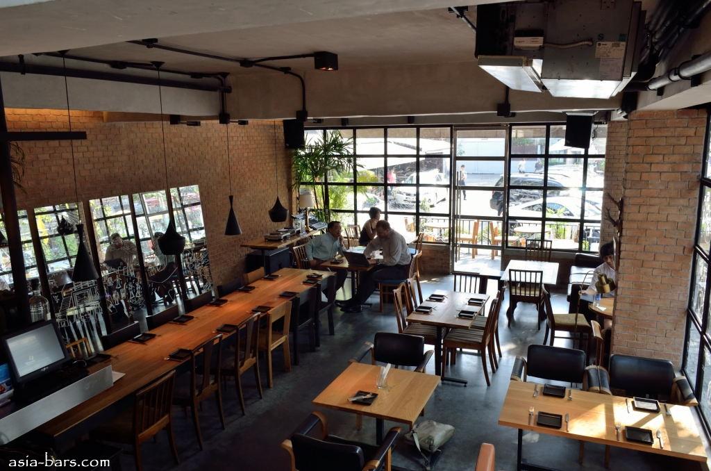 Mellow Restaurant & Bar ซอยทองหล่อ 16  13 - ร้านอาหาร