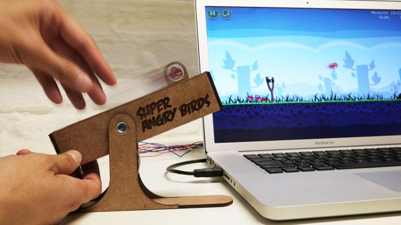 เล่น Angry birds แบบสมจริงด้วย slingshot controller  2 - angry birds