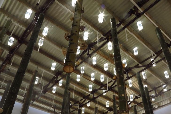 หลอดไฟจากขวดน้ำพลาสติก... 13 - Sustainable design