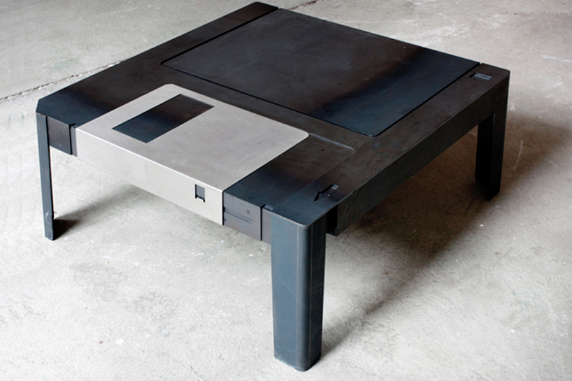 Floppy disk table  2 - Computer