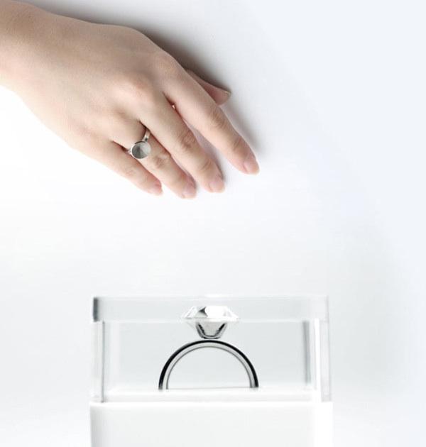 ขอแต่งงานด้วย Invisible love ring  2 - diamond