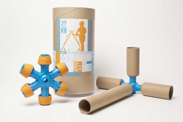 Toobalink ของเล่นที่เปลี่ยนขยะ เป็นสิ่งเติมเต็มจินตนาการให้เด็กๆ 13 - cardboard tubes