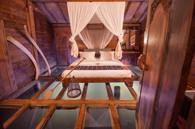 """โรงแรม""""บ้านกุ้ง""""..พื้นห้องนอนเป็นกระจกใสมองเห็นชีวิตสัตว์น้ำในบ่อกุ้ง  13 - Hotel"""