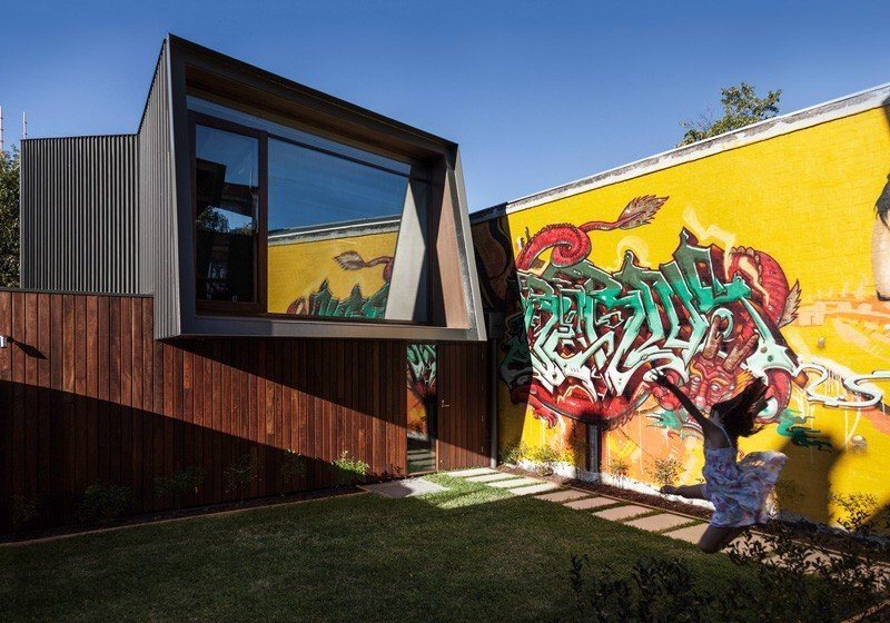บ้านในเมือง ที่นำเอา งานGraffiti มาเป็นองค์ประกอบของบ้าน 2 - Graffiti