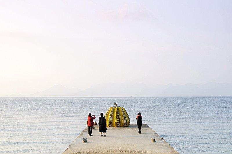 Japan's Art Island เกาะ Naoshima ที่จัดเต็มไปด้วยงานศิลปะ 13 - art museums