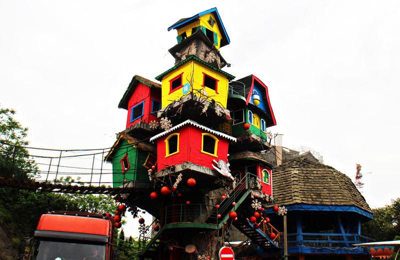 """""""The Most Amazing Tree House"""" บ้านต้นไม้แรงบันดาลใจจากภูมิปัญญาชนเผ่าพื้นถิ่น 13 - Architecture"""
