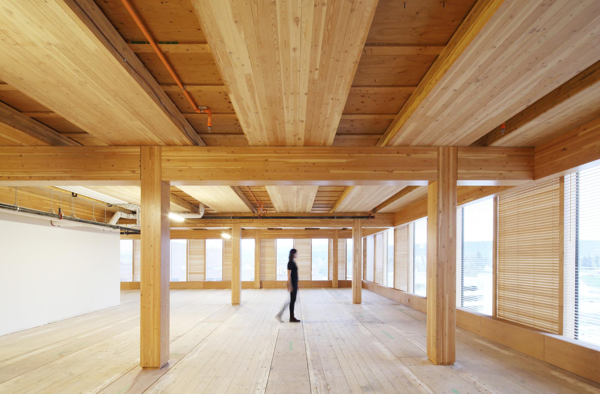 อาคารที่ผลิตจากไม้ล้วนๆ สูงที่สุดในโลก The Wood Innovation Design Centre 13 - Architecture