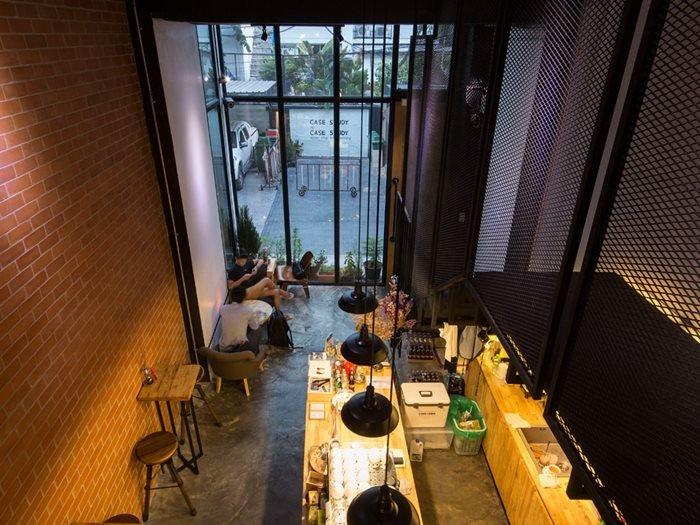 รีโนเวทตึกแถวเก่า ให้เป็นร้านกาแฟ CASE STUDY COFFEE & EATERY