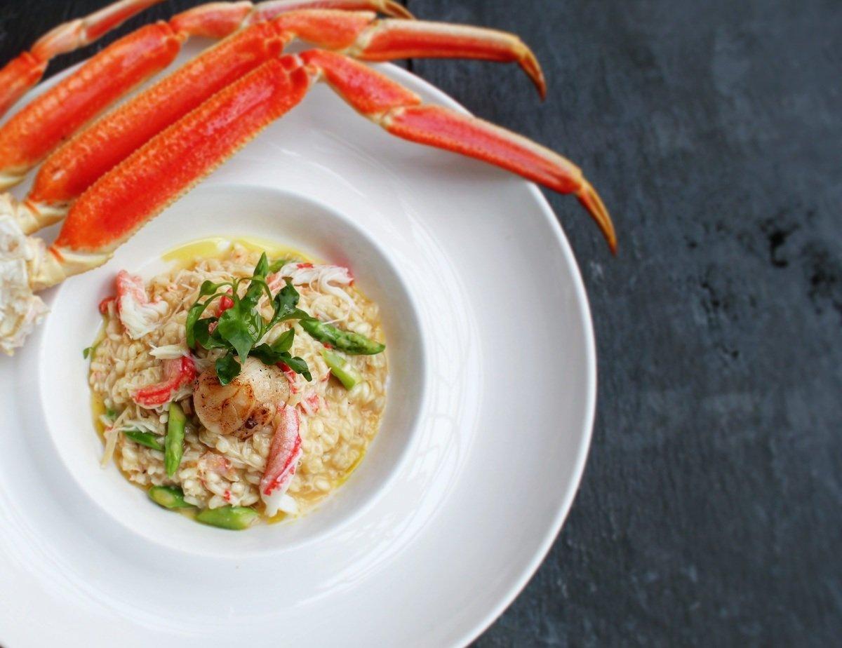 ท่องโลกแห่งรสชาติอาหารทะเลสดใหม่พร้อมเสิร์ฟ ณ ห้องอาหารเรลเวย์ โรงแรมเซ็นทาราแกรนด์บีชรีสอร์ทและวิลลา หัวหิน