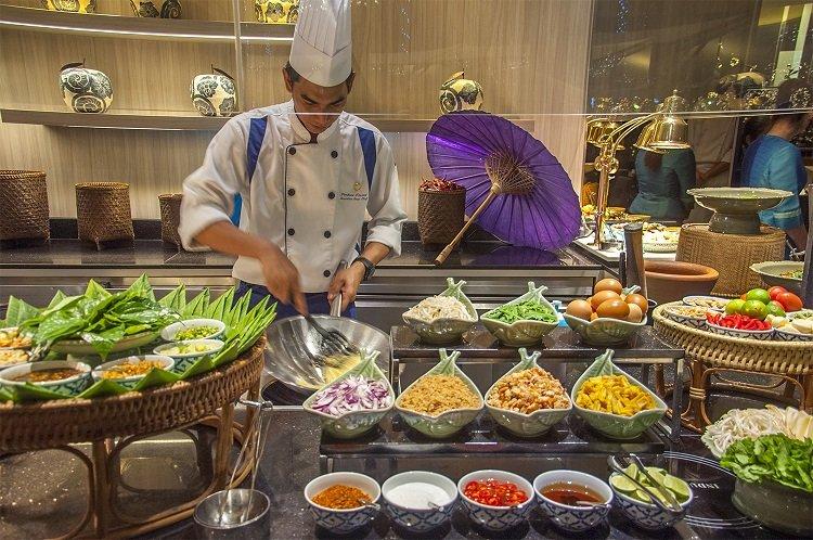 อิ่มอร่อยกับบุฟเฟ่ต์อาหารไทยมื้อค่ำ ทุกวันพฤหัสบดี ณ ห้องอาหาร ริเวอร์บาร์จ โรงแรมชาเทรียม ริเวอร์ไซด์ กรุงเทพฯ 2 -