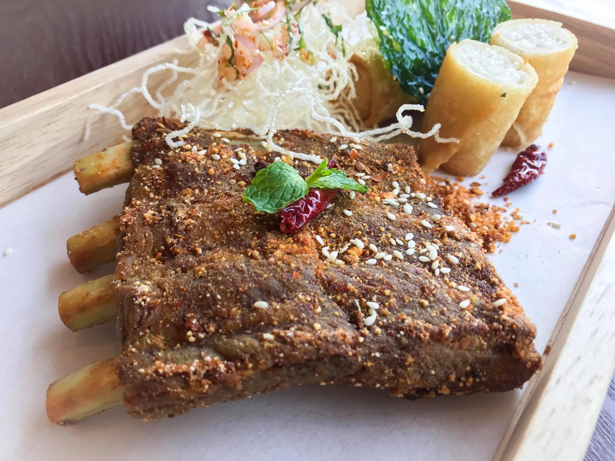 ปักหมุดความอร่อยสไตล์ไทยๆ ที่วิวันดา คูซีน 2 -