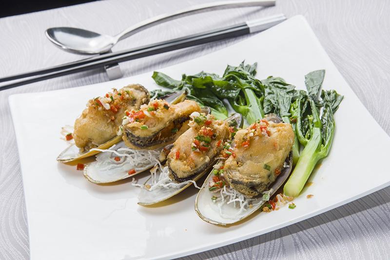เมนูอาหารทะเล สไตล์จีนกวางตุ้ง ณ ห้องอาหารจีนซิลเวอร์เวฟส์ โรงแรมชาเทรียม ริเวอร์ไซด์ กรุงเทพฯ 13 -