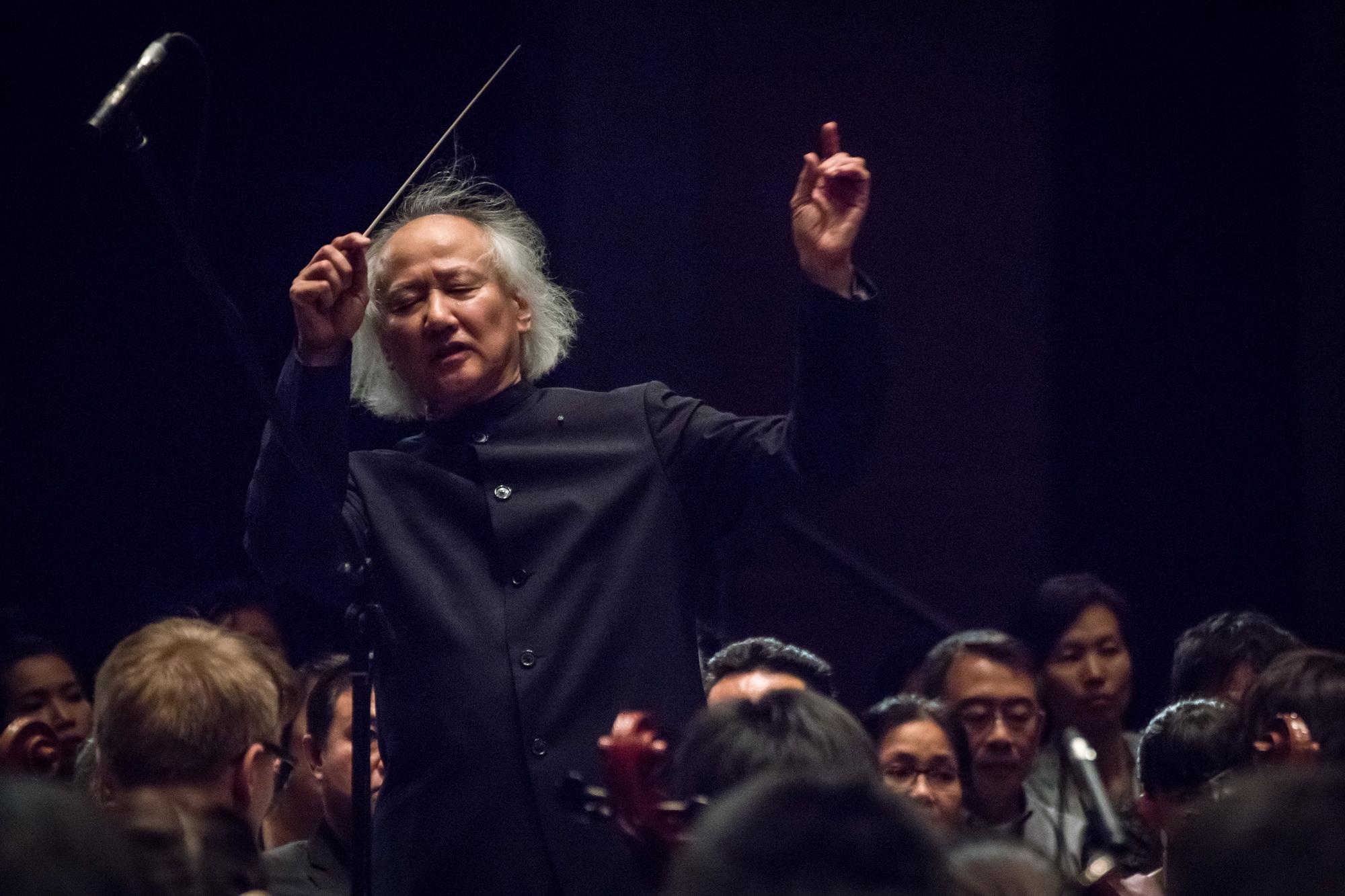 สุดพิเศษสำหรับคอเพลงดนตรีคลาสสิกกับการแสดง 2 รายการเพลง ที่เป็นผลงานของนักประพันธ์เพลงจากหลากหลายสัญชาติให้ชมกันแบบเต็มอิ่ม 13 -