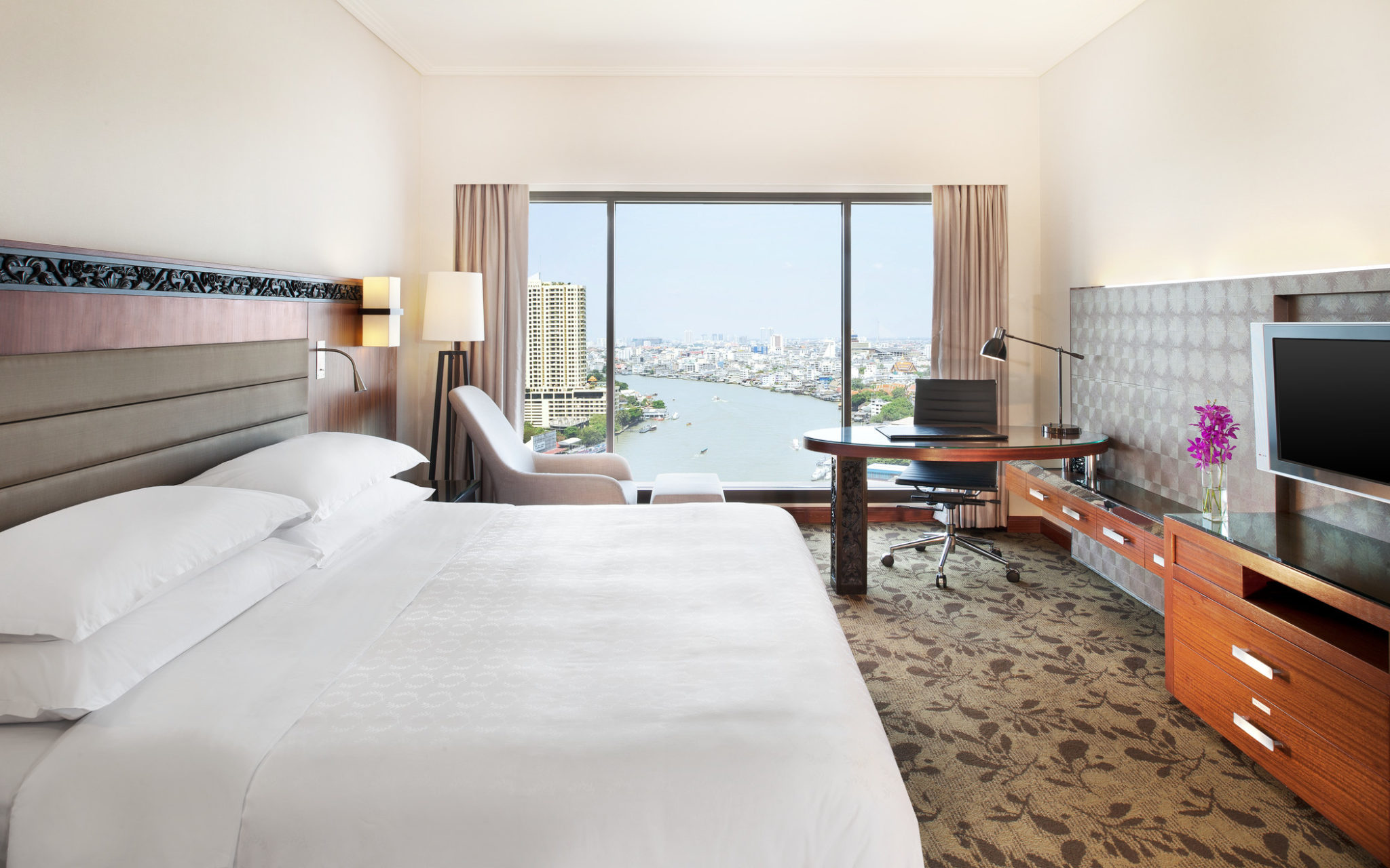โปรโมชั่นห้องพักรับลมร้อน พร้อมส่วนลดกว่า 25% ณ โรงแรมรอยัล ออคิด เชอราตัน 13 - Hotel